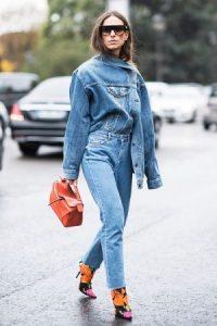 J.Lo không phải người đầu tiên gây chú ý với bốt jean